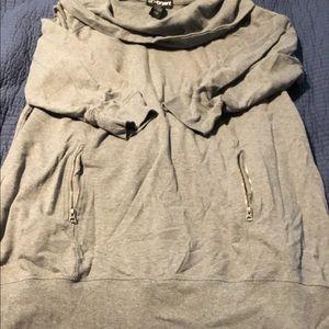 Slouchy collared sweatshirt